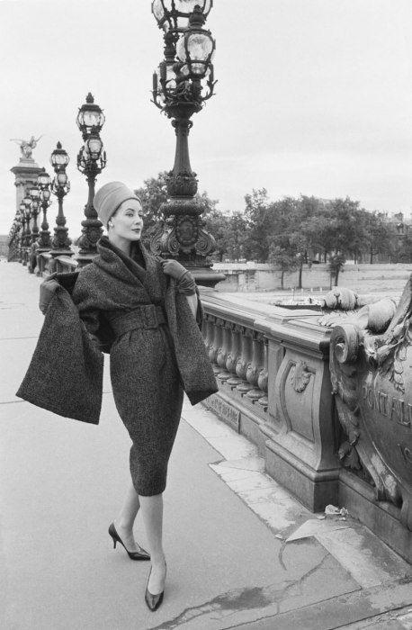 Photos: Mark Shaw's Dior Glamour, Photos from the Paris Fashion House's Heyday   Vanity Fair