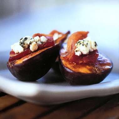 Fresh figs, Figs and Goat cheese on Pinterest