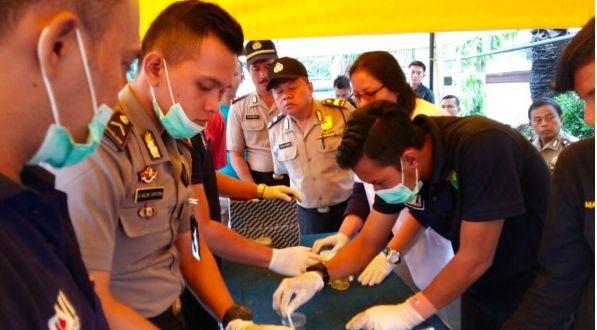 92 Personil Polres Metro Jakarta Utara Jalani Pemeriksaan Urine | Polres Metro Jakarta Utara