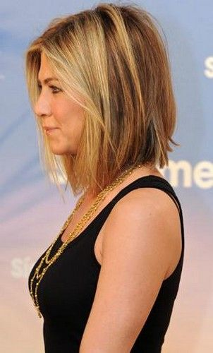 haircuts me everyone wants the quot aniston bob quot hair styles 9502