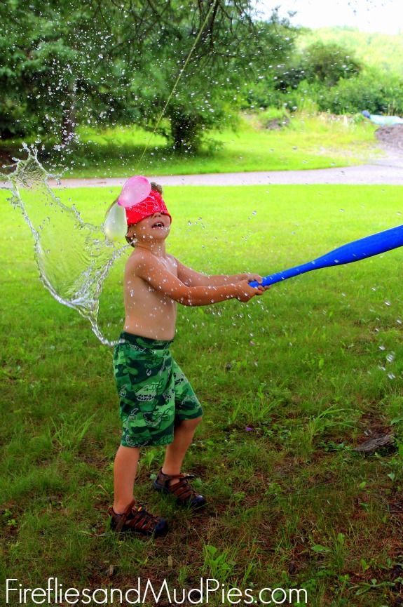 Need to beat the heat? Try WATER BALLOON BASH! Kids LOVE it! #firefliesandmudpies.com