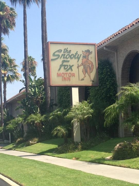 The Snooty Fox Motor Inn Los Angeles Pinterest