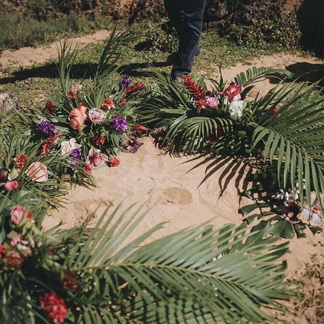 Huge thanks to our amazing florist @ocean_dreamerr