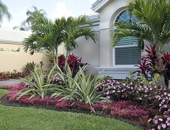 Florida Landscape Ideas Landscaping Ideas Front Yards Curb Appeal Palm Trees 7 Sout Tropical Landscape Design Florida Landscaping Front Yard Landscaping Design