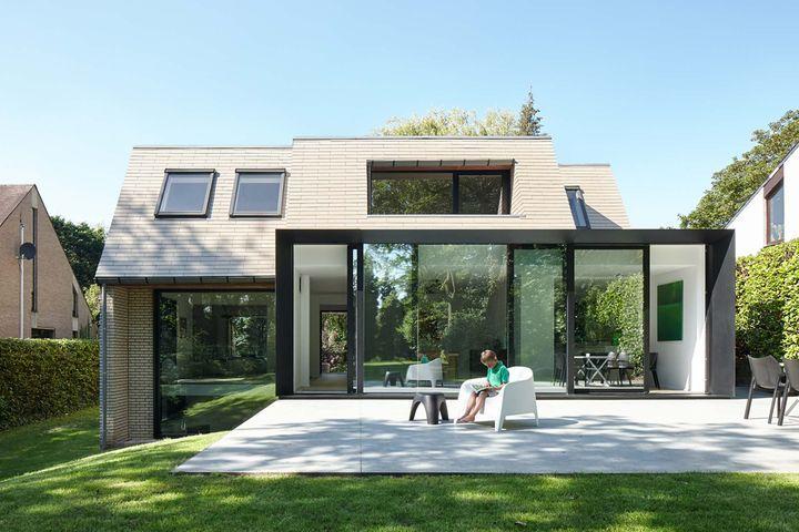 Rénovation d'une maison en Flandre par François Martens et Edouard Brunet