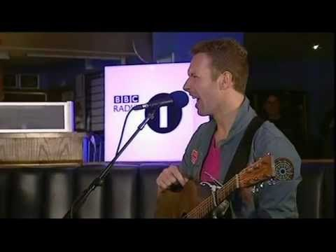 Coldplay Radio 1 Live Lounge Student Tour 2011 - this is the best mini-concert!