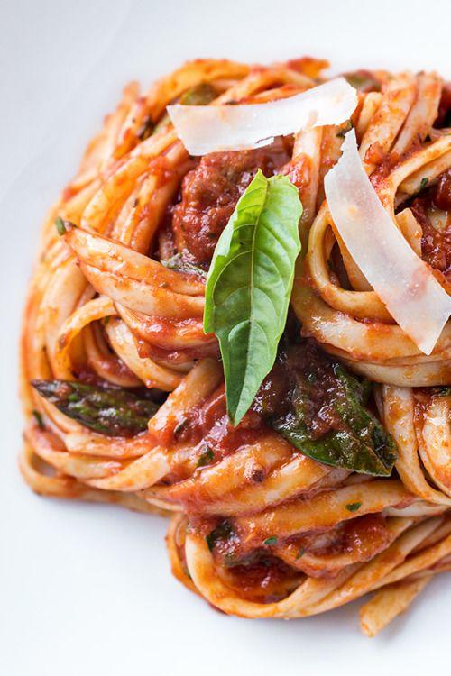 Italian Sausage Linguini with Asparagus Spinach and  Mein Blog: Alles rund um die Themen Genuss & Geschmack  Kochen Backen Braten Vorspeisen Hauptgerichte und Desserts # Hashtag