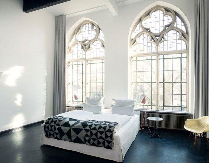 bett ohne kopfteil weißes bett design schwarzer bodenbelag - schlafzimmer design 18 ideen bilder