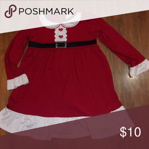 Gymboree Girls Mrs. Santa Christmas Nightgown Gymboree Size small 5/6 Santa Nightgown made of tshirt type material, so nice  and soft.  Smoke Free/Pet Friendly Home Gymboree Pajamas Nightgowns
