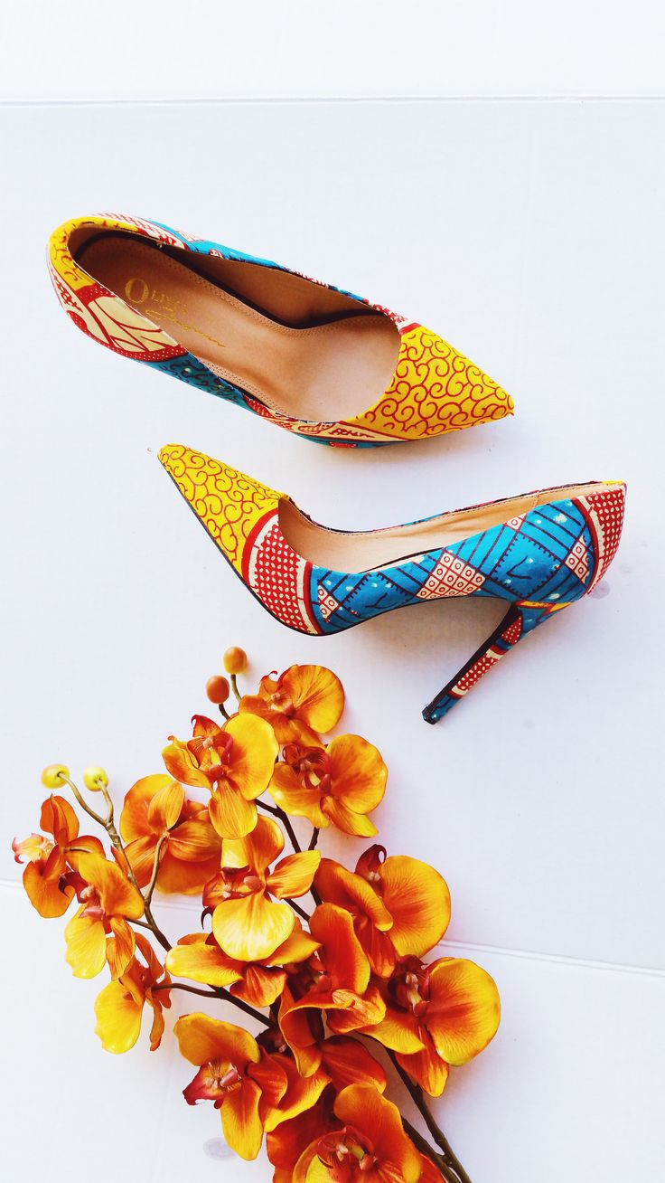 EFUA African Pointy Toe Pumps - Zabba Designs African Clothing Store  - 1