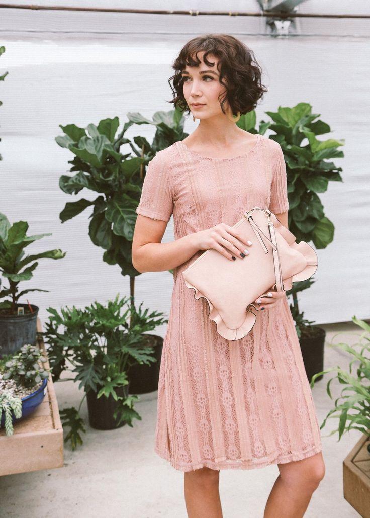 Alice Lace Midi Costume