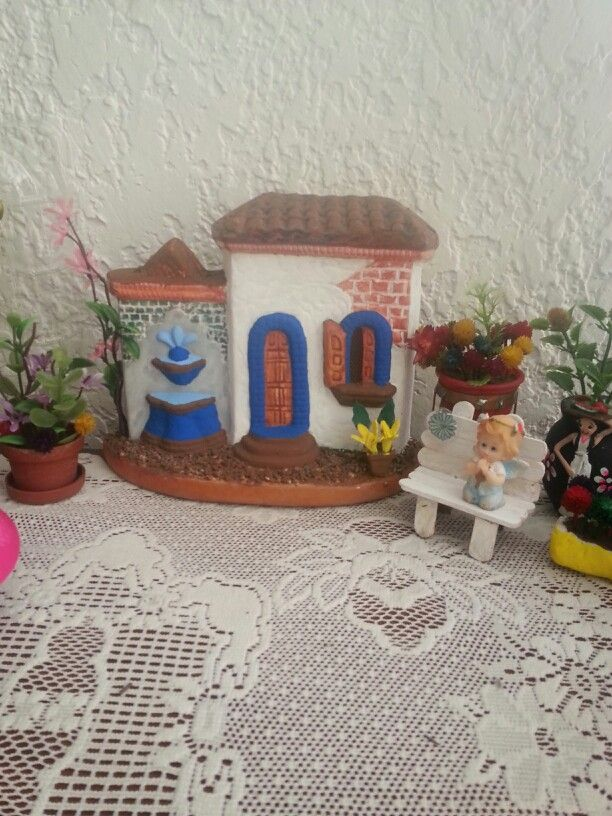Casita y jardin