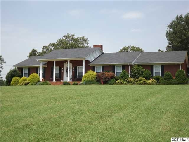 This is my favorite home for sale in lincolnton nc the for Homes with separate living quarters