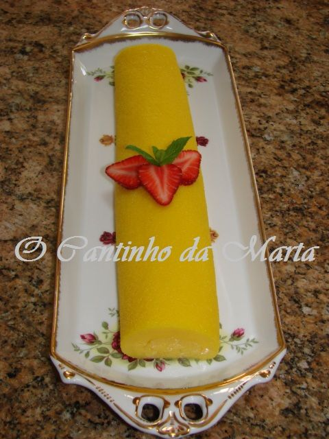 O Cantinho da Marta: Torta Mimosa de Morango