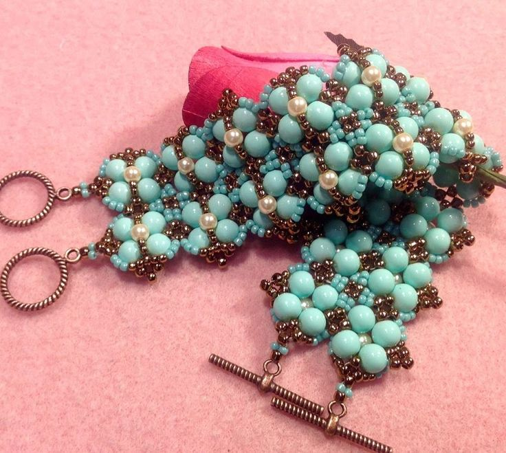 Free Beading Tutorial: Tiny Bubbles Bracelet From Gina's Gem Creation featured in recent Bead-Patterns.com Newsletter!