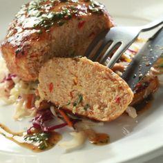 Μπιφτέκι κοτόπουλο με σαλάτα λάχανο