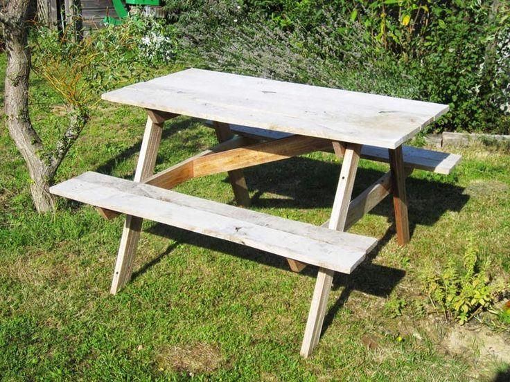 Bricolage p re fille table de jardin bois recycl au for Le pere du meuble furniture