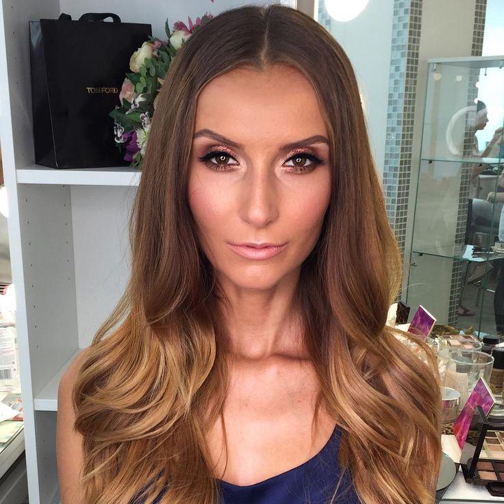 Дарью с Днём Рождения🎈 безупречный бронз✨актуален к любому случаю👌🏻#grimerka#grimerka🏆74 #makeupartist#bronzemakeup#becca#colourpop#anastasiabeverlyhills#ilovemakeup#макияж#визажист#обожаюсвоюработу❤️#любимыеклиенты