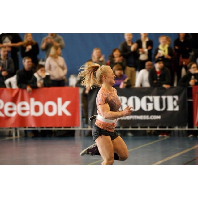 Work out three CrossFit Regionals, 10 (70 lbs) one arm snatch and sprints, 4 rounds. Sprinting to finish under the 10 min cap!
