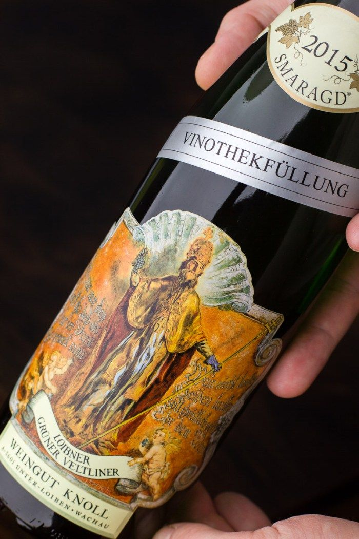 """The amusingly gaudy label of possibly the best Grüner Veltliner wine the Smaragd """"Vinothekenfüllung"""" by Weingut Knoll wine-growing estate. 2015 was an exceptionally good year."""