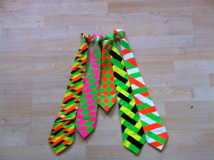 Duct Tape Crafts Ideas for DIY Home Decor, Fashion and Accessories   Duct Tape Tie   DIY Projects for Teens   http://diyprojectsforteens.com/duct-tape-projects/