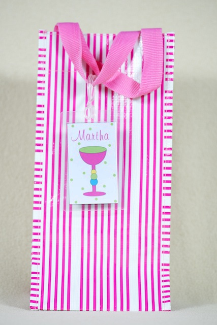 Custom designed bag tags to match your totes! Label your wine bags, sports bags, casserole carriers, tailgate bags, luggage, etc. Cute gift idea. $8 www.thelilypad.us: Personalized Gifts, Gifts Ideas