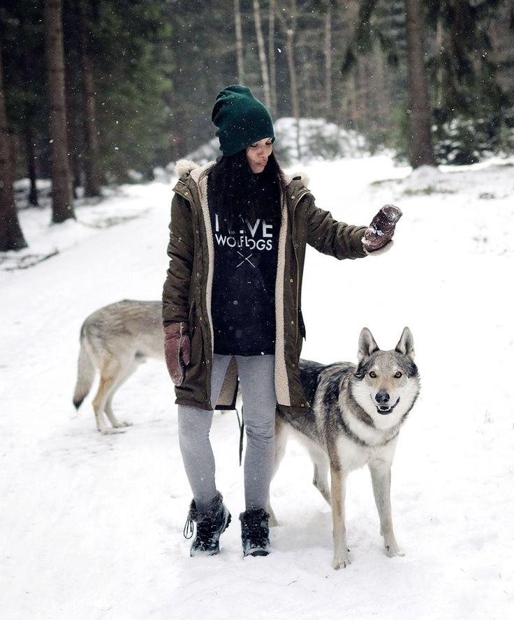We live for these moments!  #traveler #artofvisuals #wolfdog #theweekoninstagram #nature_perfect #befree #wildandfree #visualfolk #visualsoflife #stayandwander #wekeepmoments #livefolk #folkscenery #folkvibe #bestwoof #teamcanon #igmasters #moodgrams #dogsofinstagram #nature_perfection #agameoftones #travelstoke #passionpassport #createcommune #trendingnow #createscenery #ig_captures #adventurethatislife #nomadlife #wildlife_seekers #discoverglobe #roamtheplanet #womenwhohike