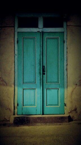 Door..door..please open it to the past...