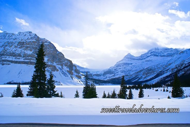 Bow Lake in Banff National Park, Alberta, Canada in Winter
