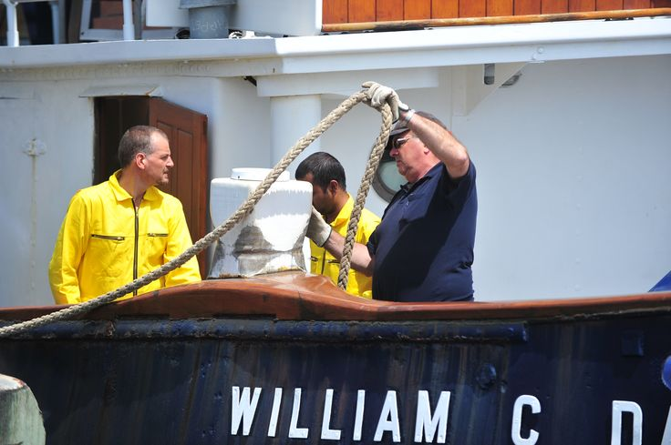 Tying up again on the historic steam tug William C. Daldy