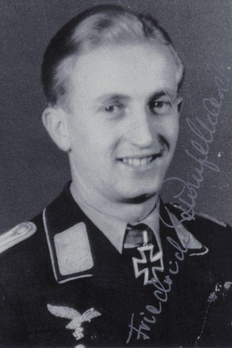 Leutnant Friedrich Rumpelhardt (1920-2011), Bordfunker in der IV./Nachtjagdgeschwader 1, Ritterkreuz 27.07.1944