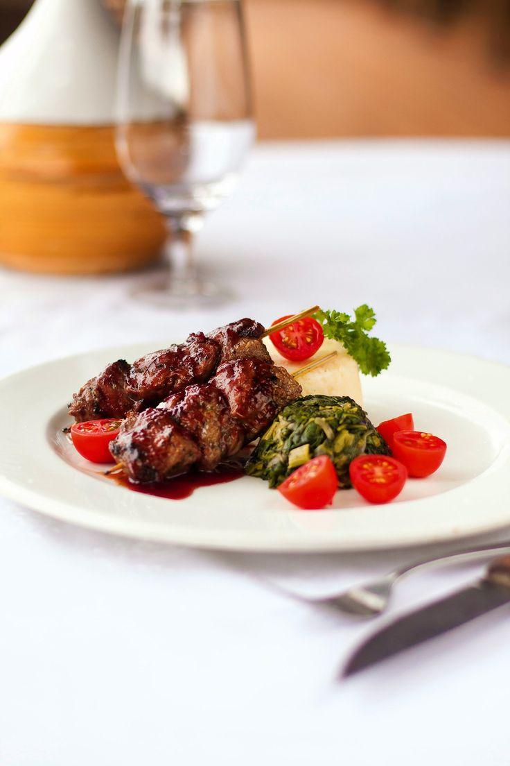 Gourmet Safari Kudu Kebabs with Red Wine Cranberry Sauce