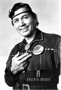 Jay Silverheels ne Harold J. Smith, (1912-1980), Brantford Ontario Canada, complications from stroke. Canadian Mohawk heritage. Played Tonto on Lone Ranger TV series.