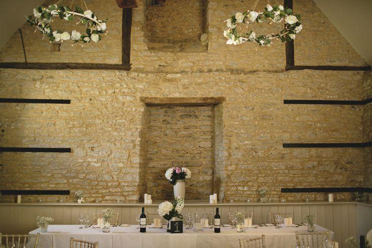 Wick Farm Bath. Amazing wedding venue in Bath (England). #weddingvenues #weddingdecoration www.cristinaruizfoto.com