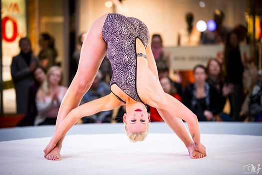 Siluet YOGA WEAR Celebrities... Czech Yoga Sport Champion 2016... Sylvie Jedlickova... #siluetyogawear