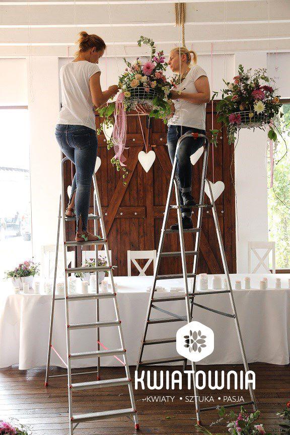 Decoration in baskets:) #dekoracje #slub #wesele #florystyka #florist