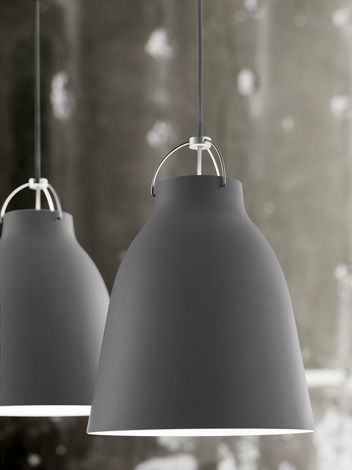 Cecilie Manz has added a new style to its famous pendant series with Caravaggio Matt. It combines an easily recognizable shape with a modern expression. The cla