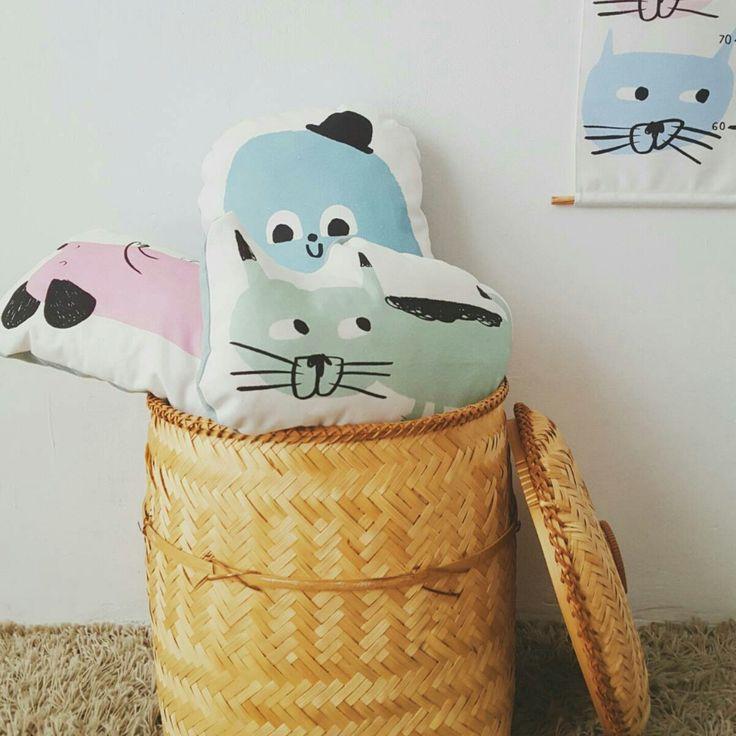 Happy cushions!