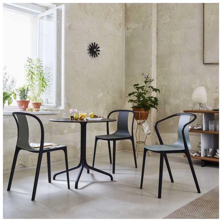 De #Belleville #Armstoel is een Franse Bistrostoel waarvan de zitschaal naar ieders wens aangepast kan worden. Met of zonder armleuning dit verfijnde ontwerp staat prachtig in ieder interieur. #MisterDesign
