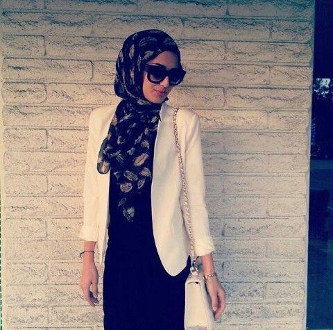 White blazer #hijab#muslimah