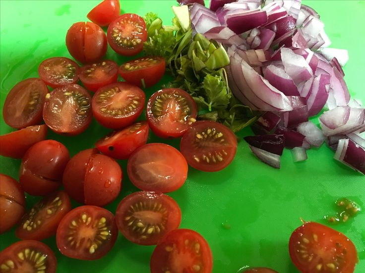 Caprese salad in progress