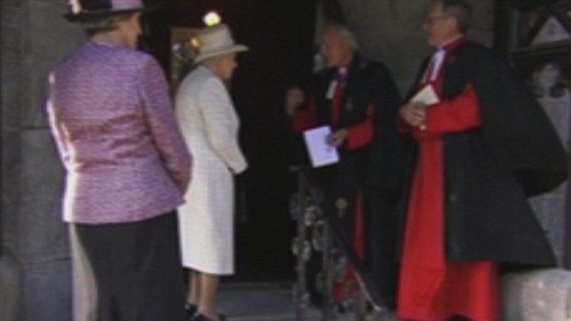 Queen and Prince Philip commemorate start of WW1 at Crathie Kirk and Sandringham   Mail Online