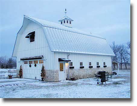 Gambrel barn photo
