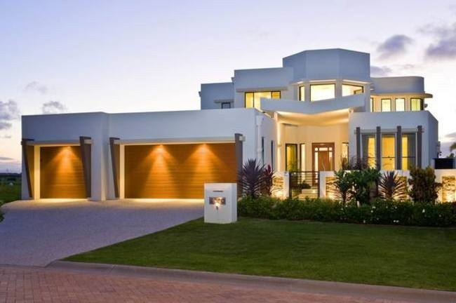 """""""Barbados Sands"""" Home . When you have finally made the decision to build your dream home, you need to able to trust the Gold Coast home builders you employ, that is why you should choose Unique Homes, your local builder on the Gold Coast. #goldcoastbuilder #luxuryhomes #customhomes"""