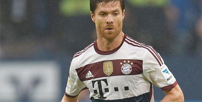"Xabi Alonso: ""Neuer is by far the best keeper I've played with"""