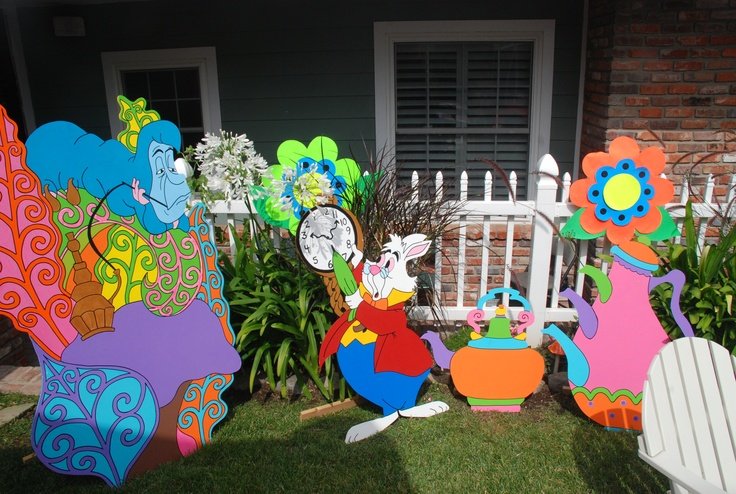1000 images about alice in wonderland on pinterest mad for Mad hatter party props