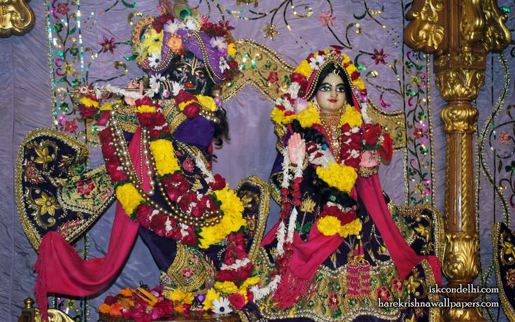 To view Radha Parthasarathi Wallpaper of ISKCON Dellhi in difference sizes visit - http://harekrishnawallpapers.com/sri-sri-radha-parthasarathi-iskcon-delhi-wallpaper-009/