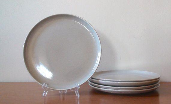 Russel Wright American Modern Dinner Plate  by BoomerangModern