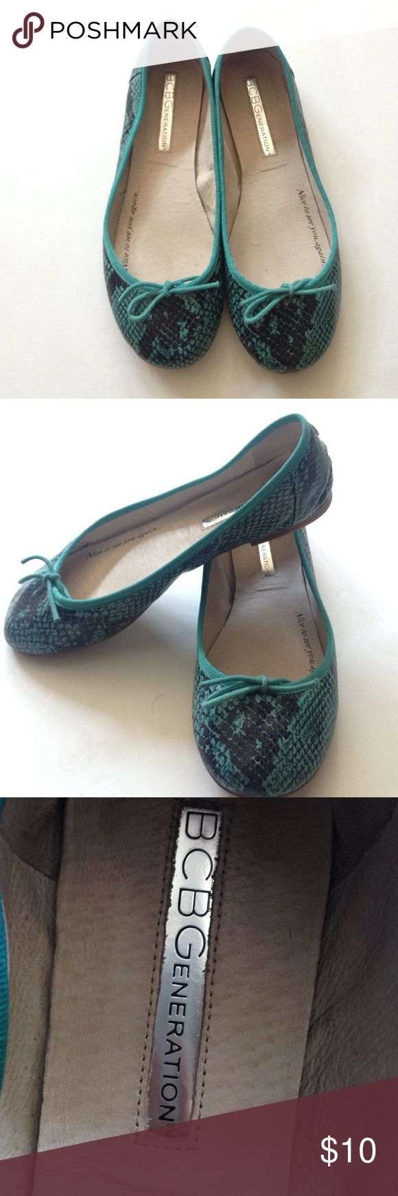 Snake Print Teal Flats with Bow Teal flats. Snake print. Very good condition. Light and comfortable. Worn a couple of times. BCBGeneration Shoes Flats & Loafers