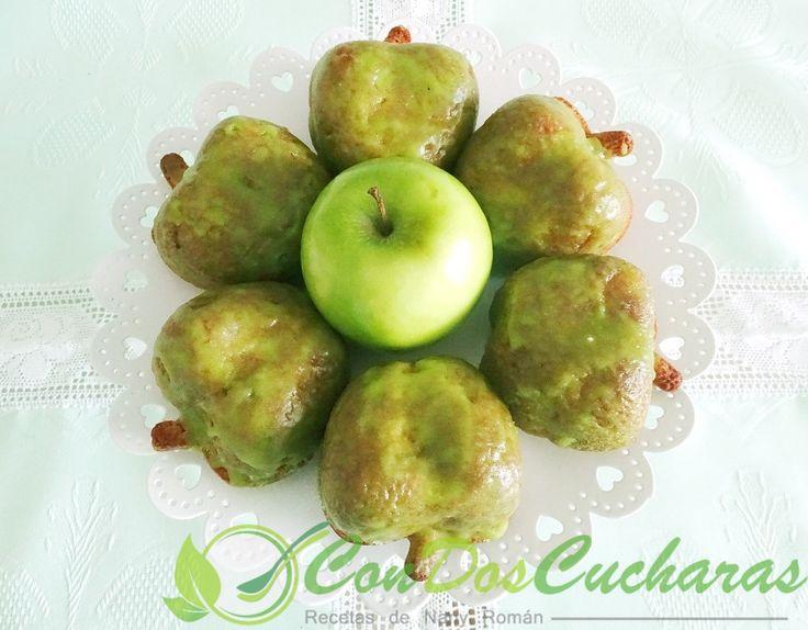 ConDosCucharas.com Bizcochos con manzanas ácidas - ConDosCucharas.com